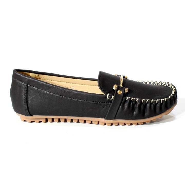 Black Solid Loafers For Women