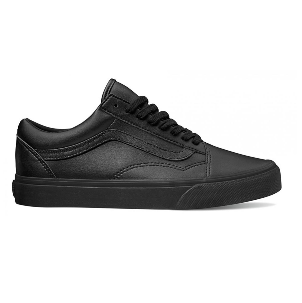 f7edcfcc2fbaf0 Vans Black Mono VN0A38G1PXP Old Skool Classic Tumble Lace up Shoes (Unisex)  - 8207